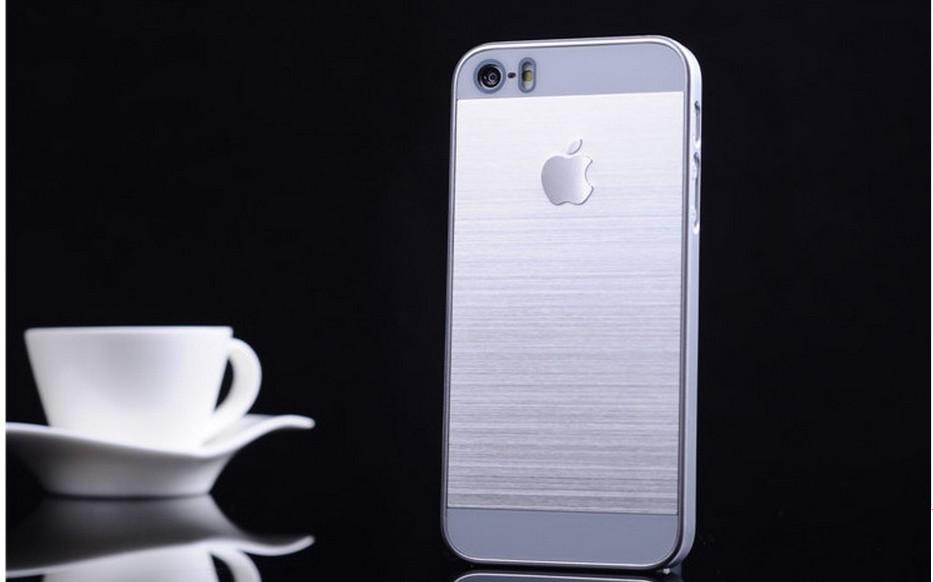 Чехол для iPhone 4, 4S, 5, 5S стальной расцветки серебро