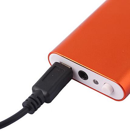 Портативное зарядное устройство оранжевого цвета для вашего устройства