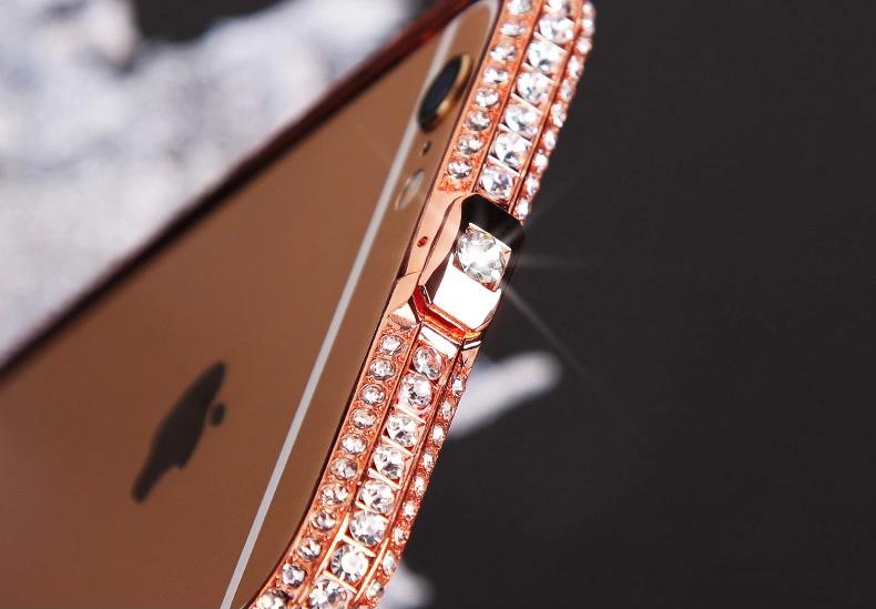 Чехол для iPhone 5, 6 ручной работы. Германская технология. Со стразами. Сверху с большим камнем вверху