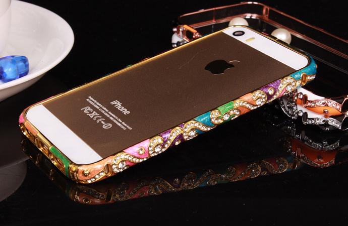 Металлический каркас - чехол от Christian Dior разных цветов со стразами Сваровски вид сзади