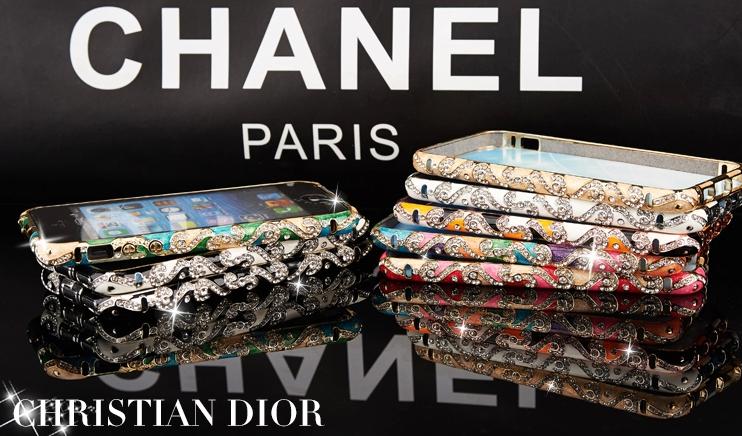 Металлический каркас - чехол от Christian Dior разных цветов со стразами Сваровски