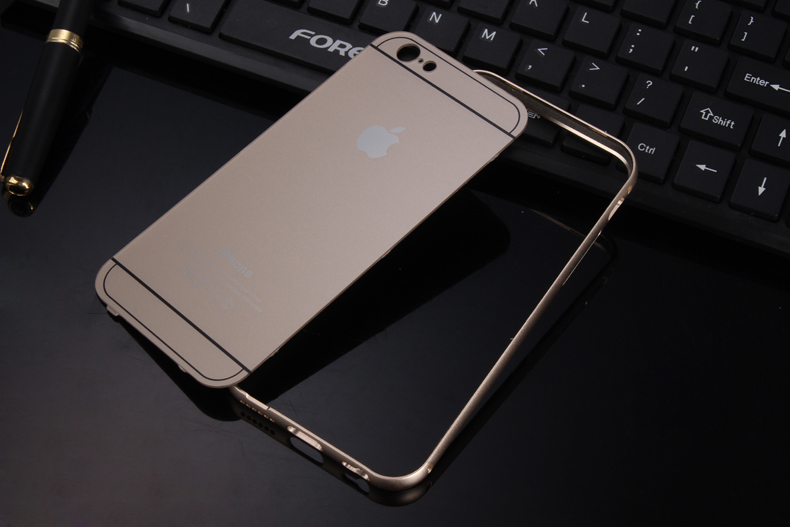 Чехол бампер с крышкой iPhone 5,6 в разобранном состоянии