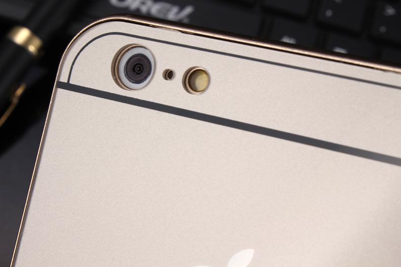 Чехол бампер с крышкой iPhone 5,6 приближен в области камеры