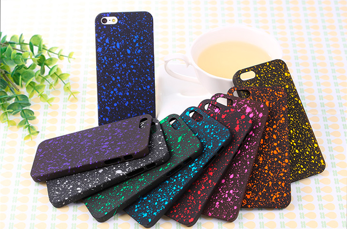 Красивый чехол с яркими разноцветными звездами для iPhone цвета на Ваш выбор