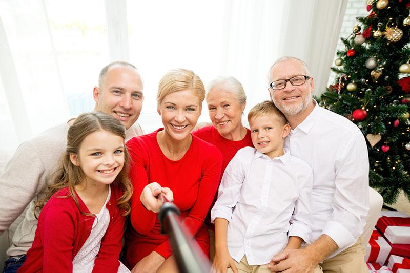 Монопод Selfi Stick - фотографируйтесь всей семьей