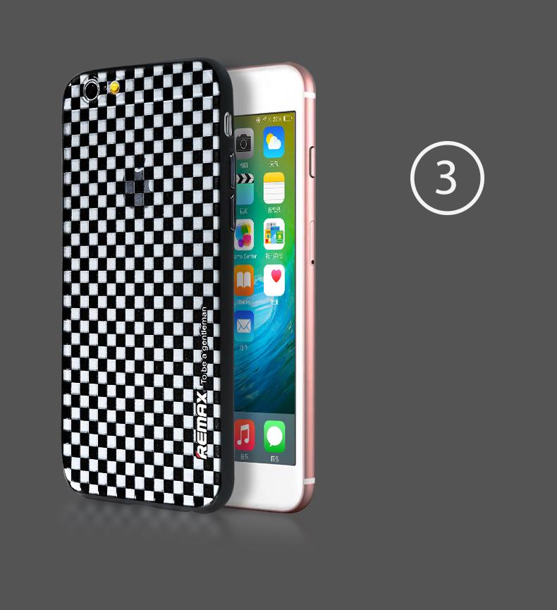 Мужской чехол для iPhone в клеточку